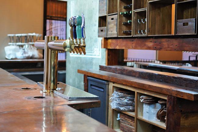 Rosalinda Bar (Jess Fleming / Vancity Buzz)