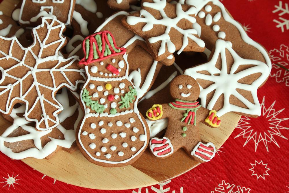 Christmas crafts via Shutterstock