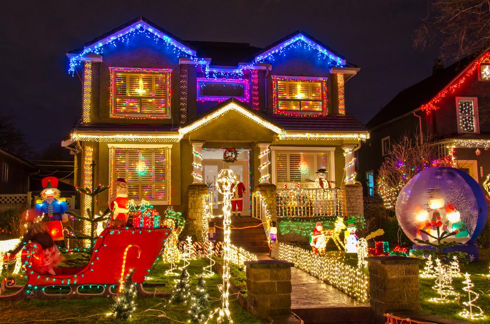 Trinity Street lights via Shutterstock