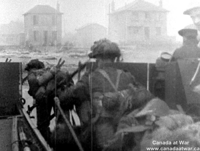 Image: Canada at War