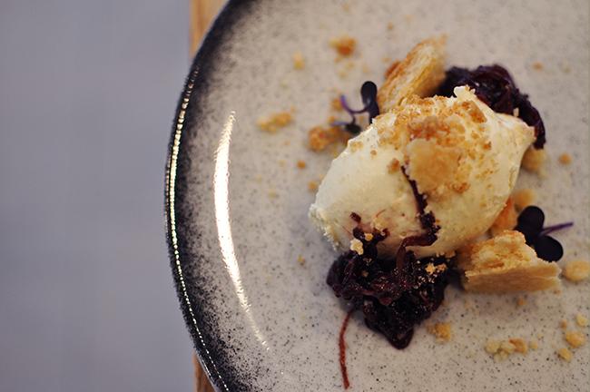 Crumbly cheesecake-inspired dessert (Jess Fleming / Vancity Buzz)