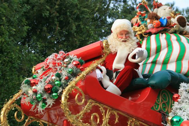 Christmas Parade (Carlos/Flickr)