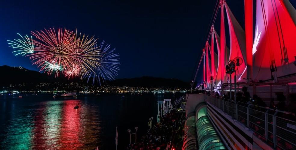 canada-place-fireworks-1-984x500