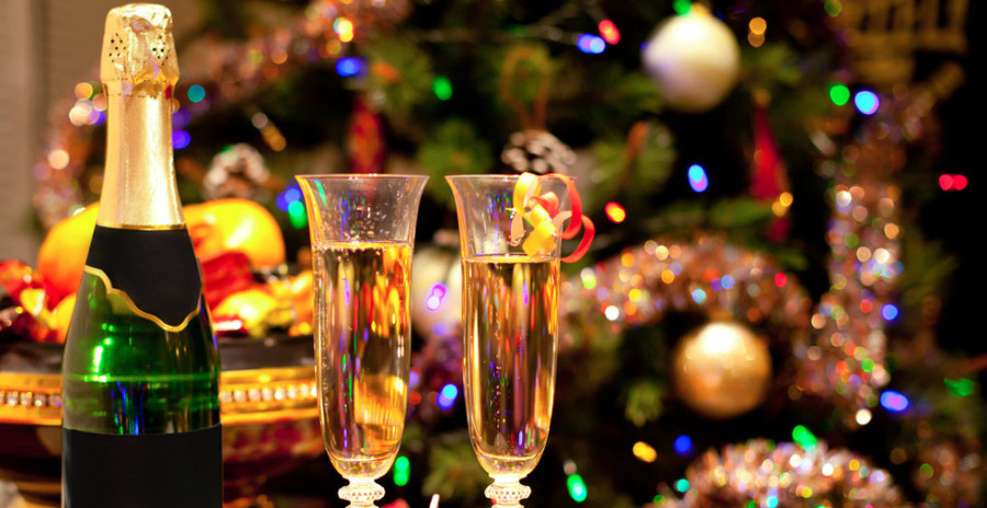 Image: Holiday party / Shutterstock