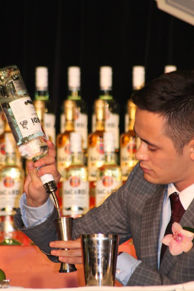 Bartender Mike Shum/Science World