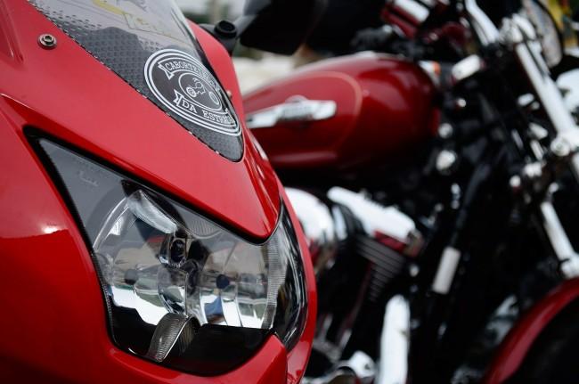 Motorcycle show (PublicDomainPictures/Pixabay)