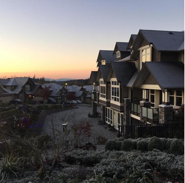 Brookside Inn at sunset