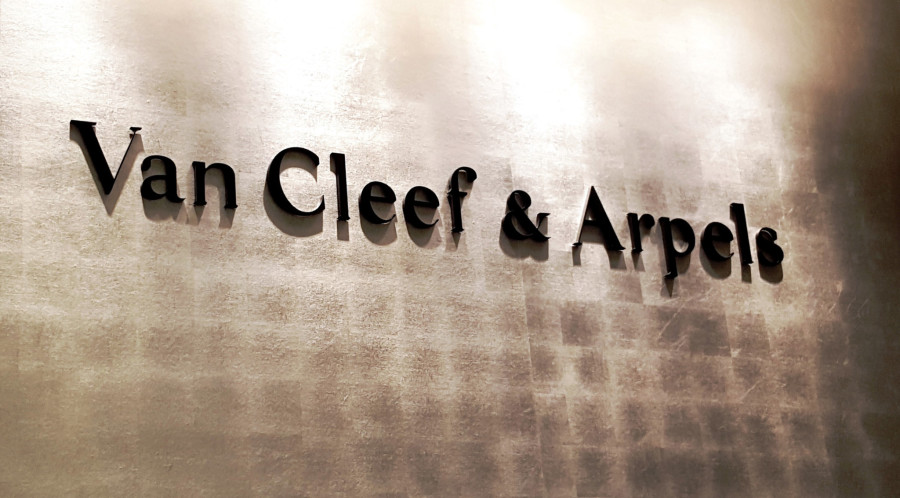 Van Cleef & Arpels, Birks, Helen Siwak, Vancouver, BC
