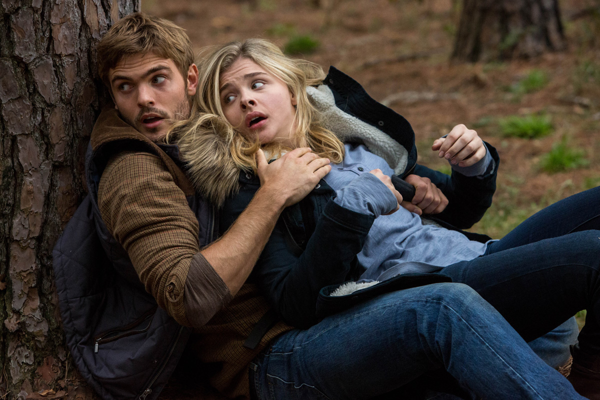 Movie Review The 5th Wave Vancity Buzz