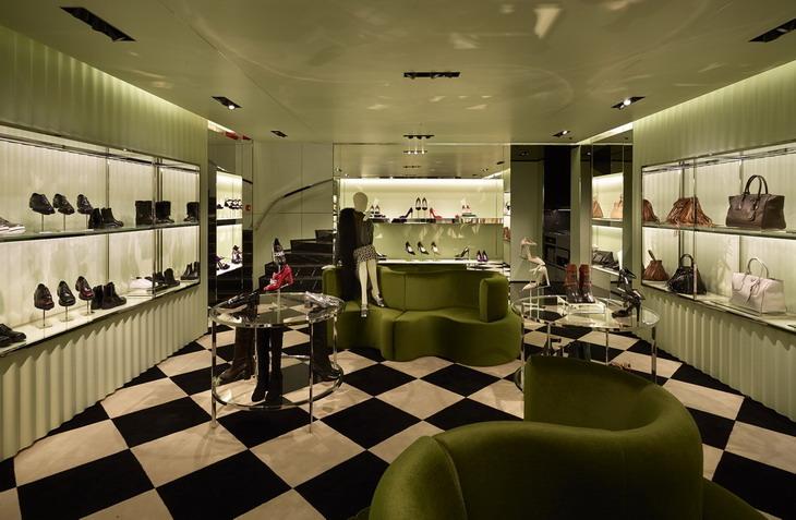 prada, prada vancouver, luxury zone, renderings, amsterdam, roberto baciocchi, clover leaf, verpan