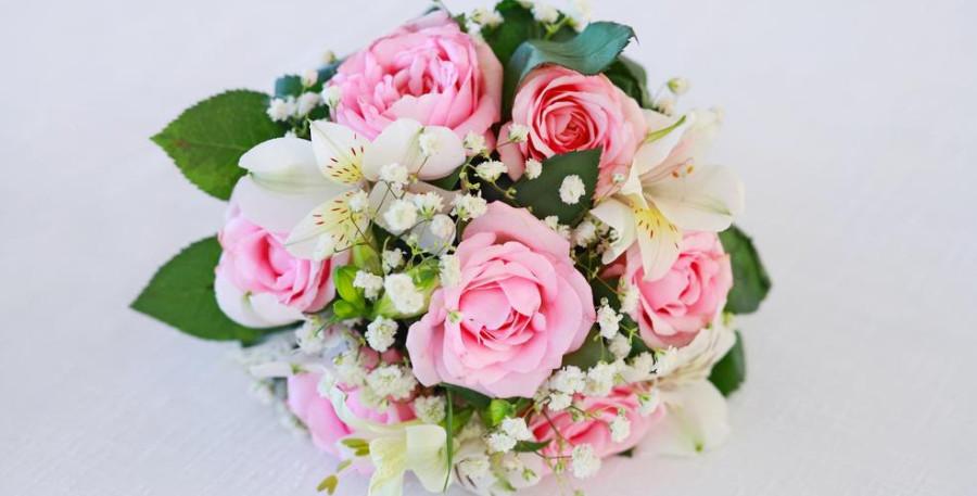 Image: Bouquet of flowers / Shutterstock