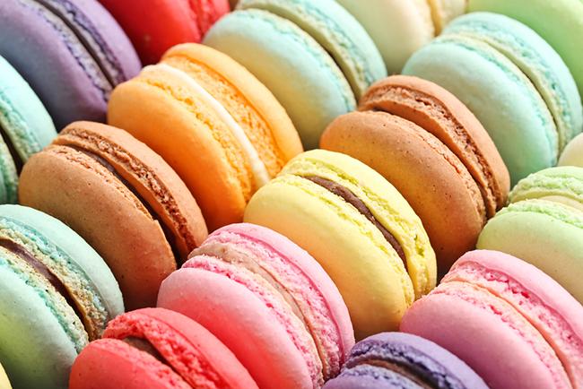 Macarons / Shutterstock