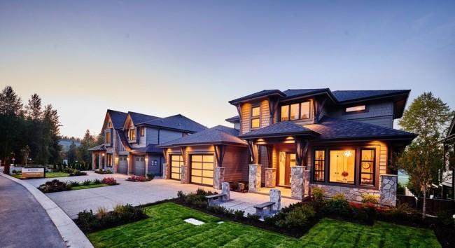 Distrikt (Momentum Real Estate Group)