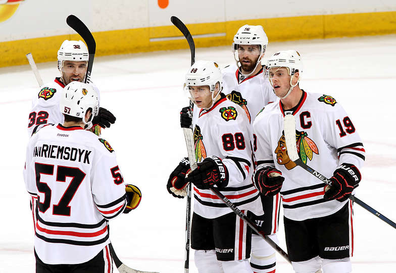 http://blackhawks.nhl.com/club/gallery.htm?id=61317&location=/photos&pg=1