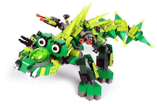 LEGO Dragon built by Megan Rothrock (BrickCan)