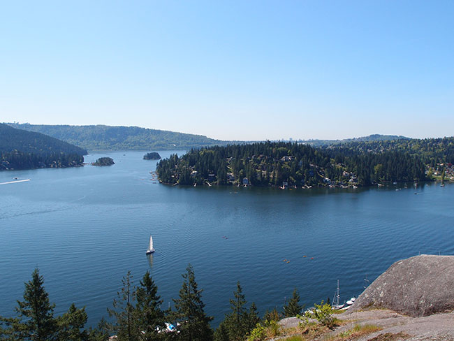 The view from Quarry Rock (Guilhem Vellut/Flickr)
