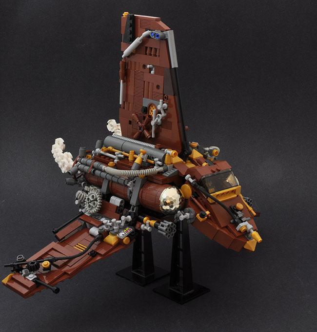 Retro LEGO Spaceship built by Simon Liu (BrickCan)
