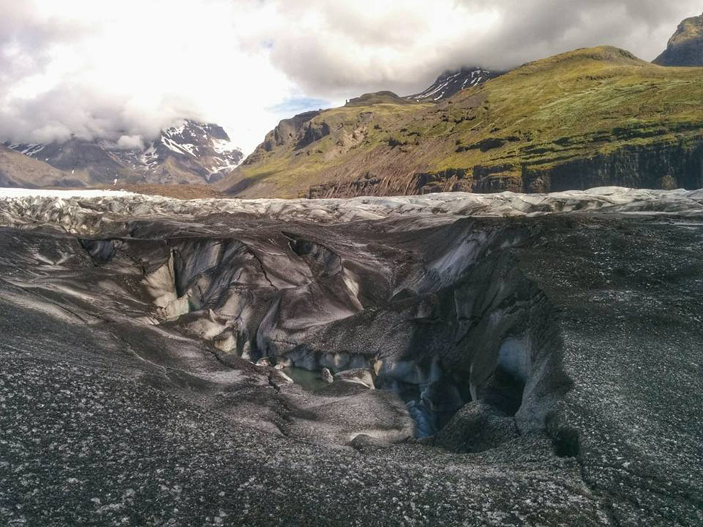The otherwordly landscape of Svínafellsjökull glacier (Jenni Sheppard)