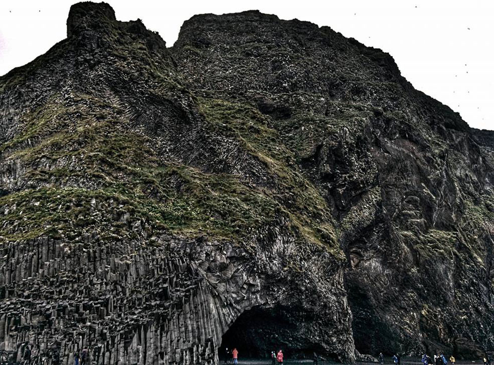 The sea cave on Reynisfjara Beach (Jenni Sheppard)