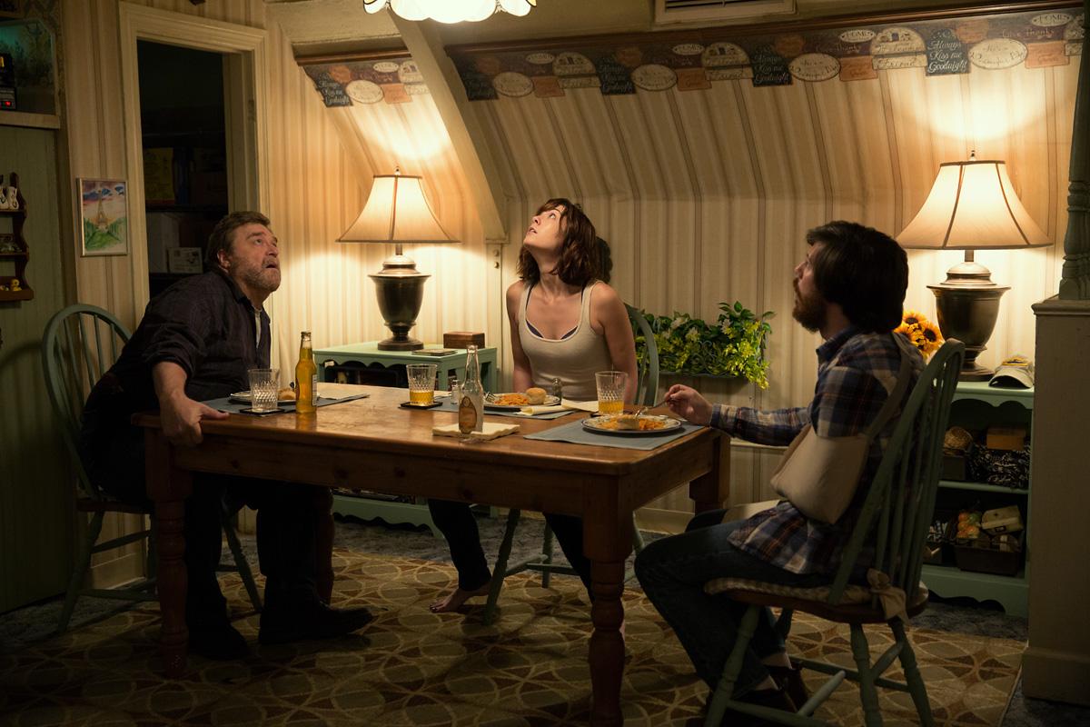 10 Cloverfield Lane Movie Review by Dan Nicholls - Vancity Buzz