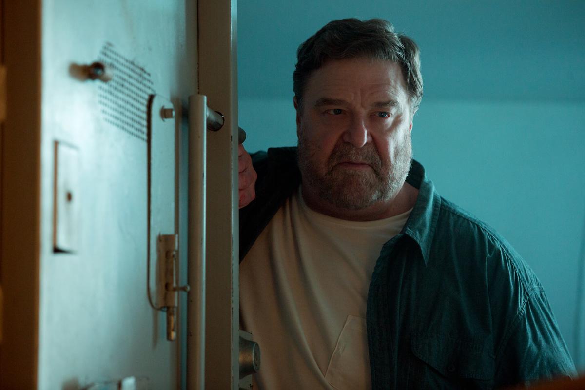 John Goodman stars in 10 Cloverfield Lane - Movie Review
