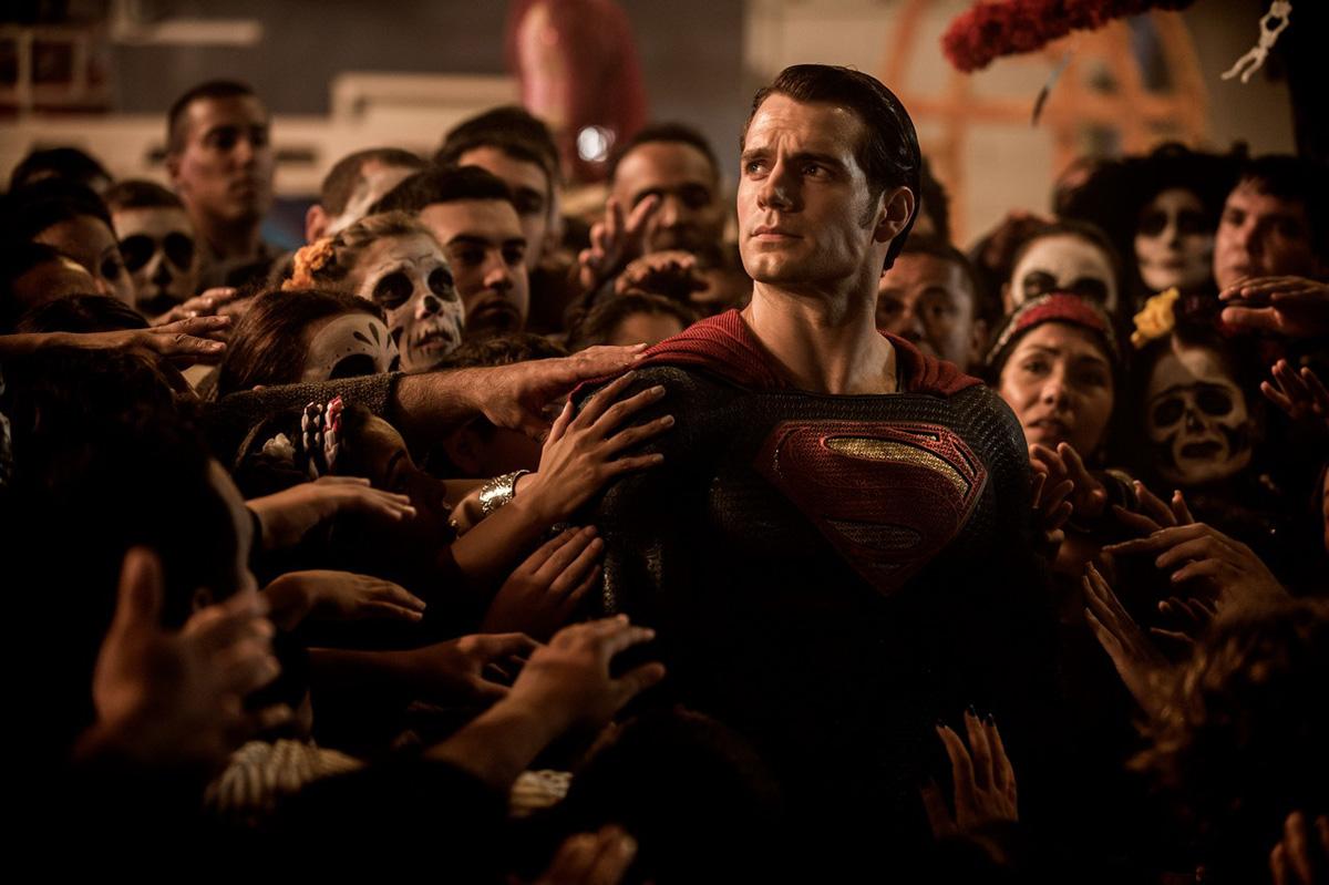 Batman v Superman Movie Review - Vancity Buzz
