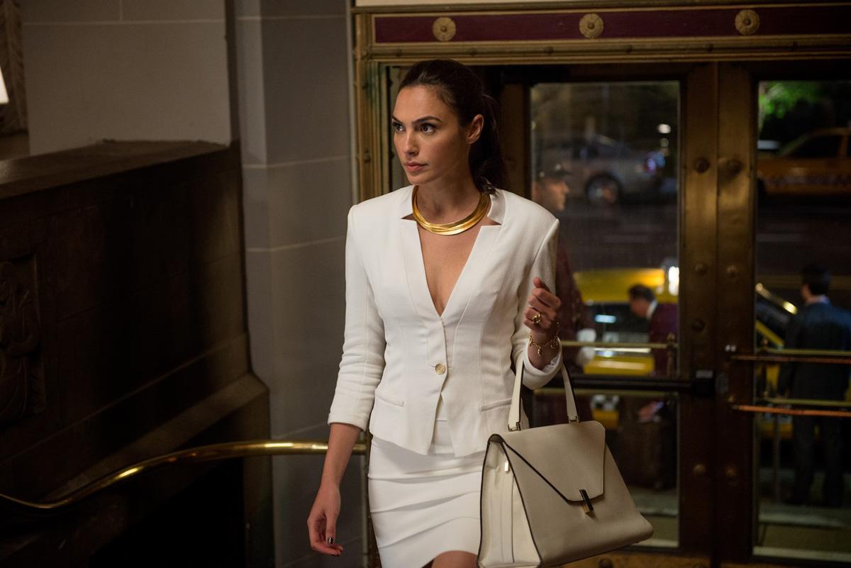 Gal Gadot as Wonder Woman in Batman v Superman Dawn of Justice - Vancity Buzz Movie Review