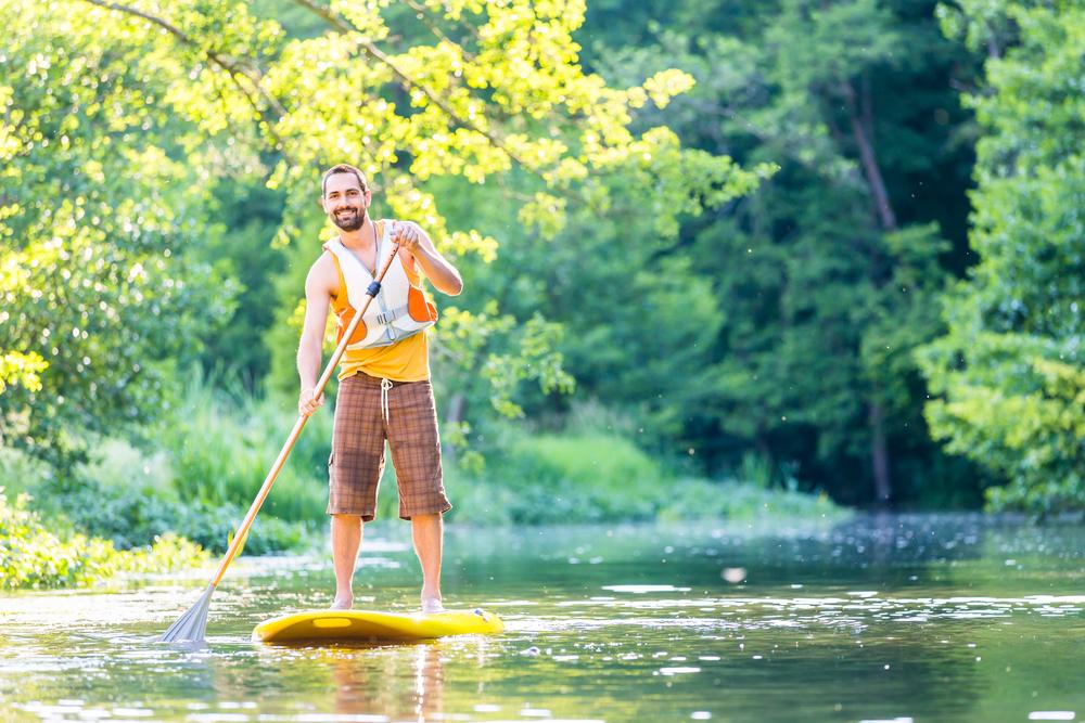 Paddle Boarding / Shutterstock