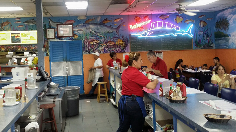 Bahamas Fish market in Little Havana. (Guillermo Serrano)