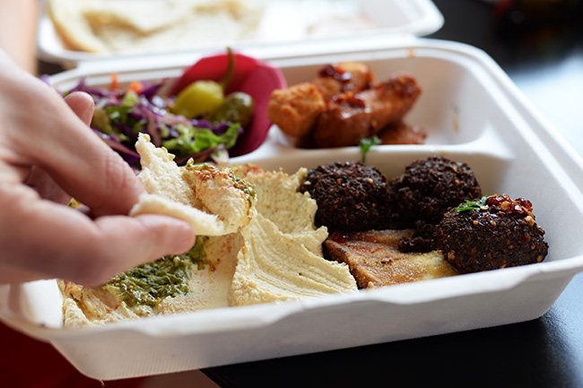 Falafel platter with the works (Jess Fleming / Vancity Buzz)