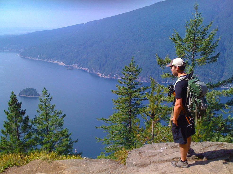 The amazing view from the Diez Vistas trail (SrslyKris/Flickr)