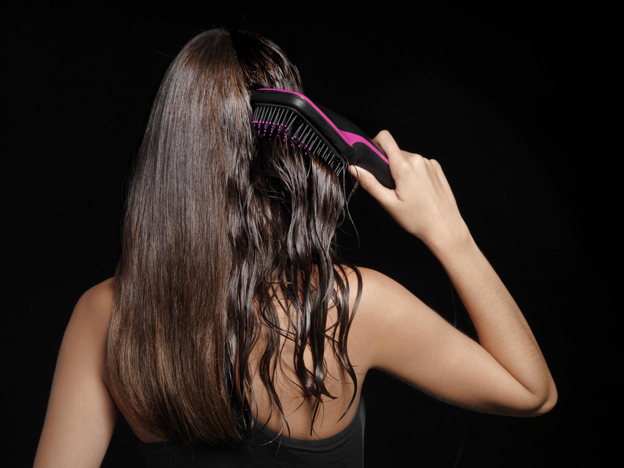 IONIC hair dryer and styler / Revlon