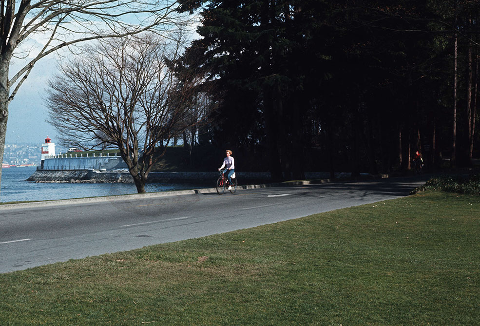 The seawall around Stanley Park in 1980, when it was finally completed (City of Vancouver)