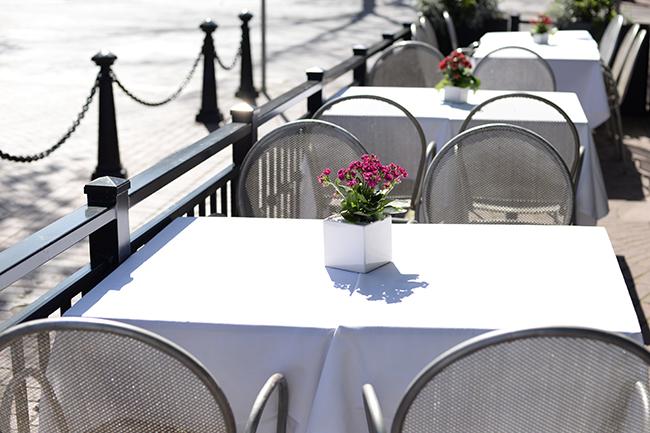 Secret Location's sidewalk patio (Jess Fleming / Vancity Buzz)