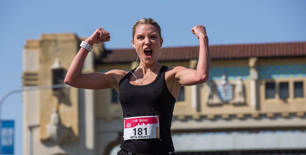 Latvian runner Dita Grunte at the BMO Vancouver Marathon (BMO Vancouver Marathon)