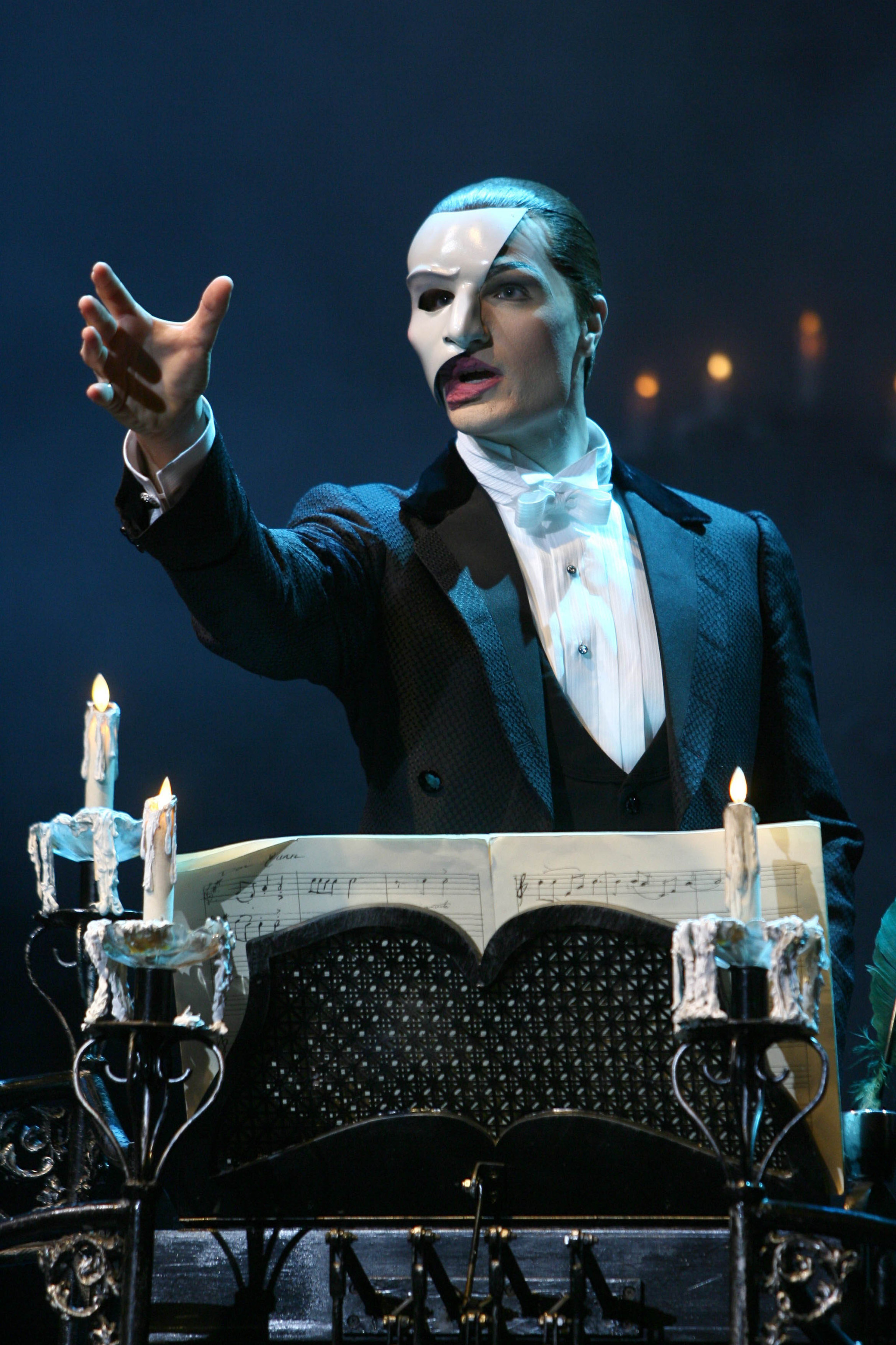 John Cudia as the Phantom / Vancouver Opera