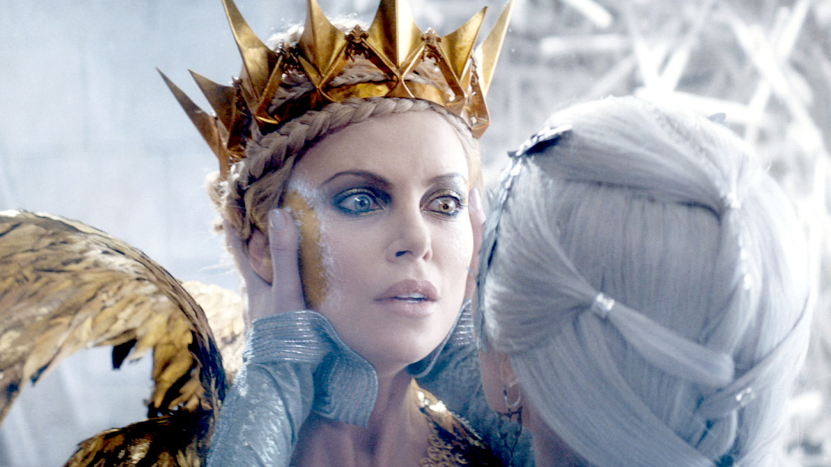The Huntsman Winter's War Movie Review Vancity Buzz