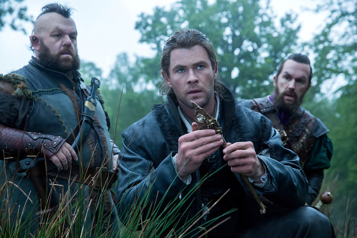 Movie Review The Huntsman Winter's War - Vancity Buzz - 1.5 out of 5