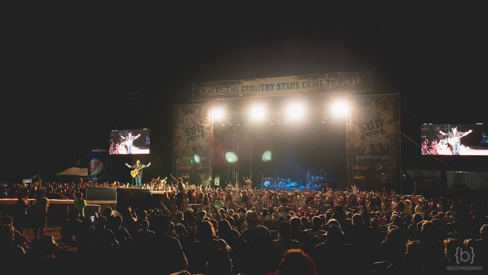 Image: Sunfest Country Music Festival
