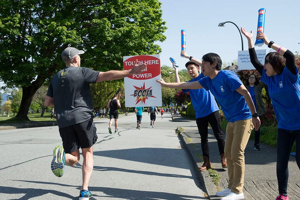 Volunteers at the BMO Vancouver Marathon (BMO Vancouver Marathon)