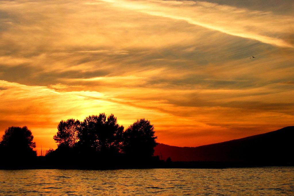Sunset at Jericho Beach (Peter M Graham/Flickr)