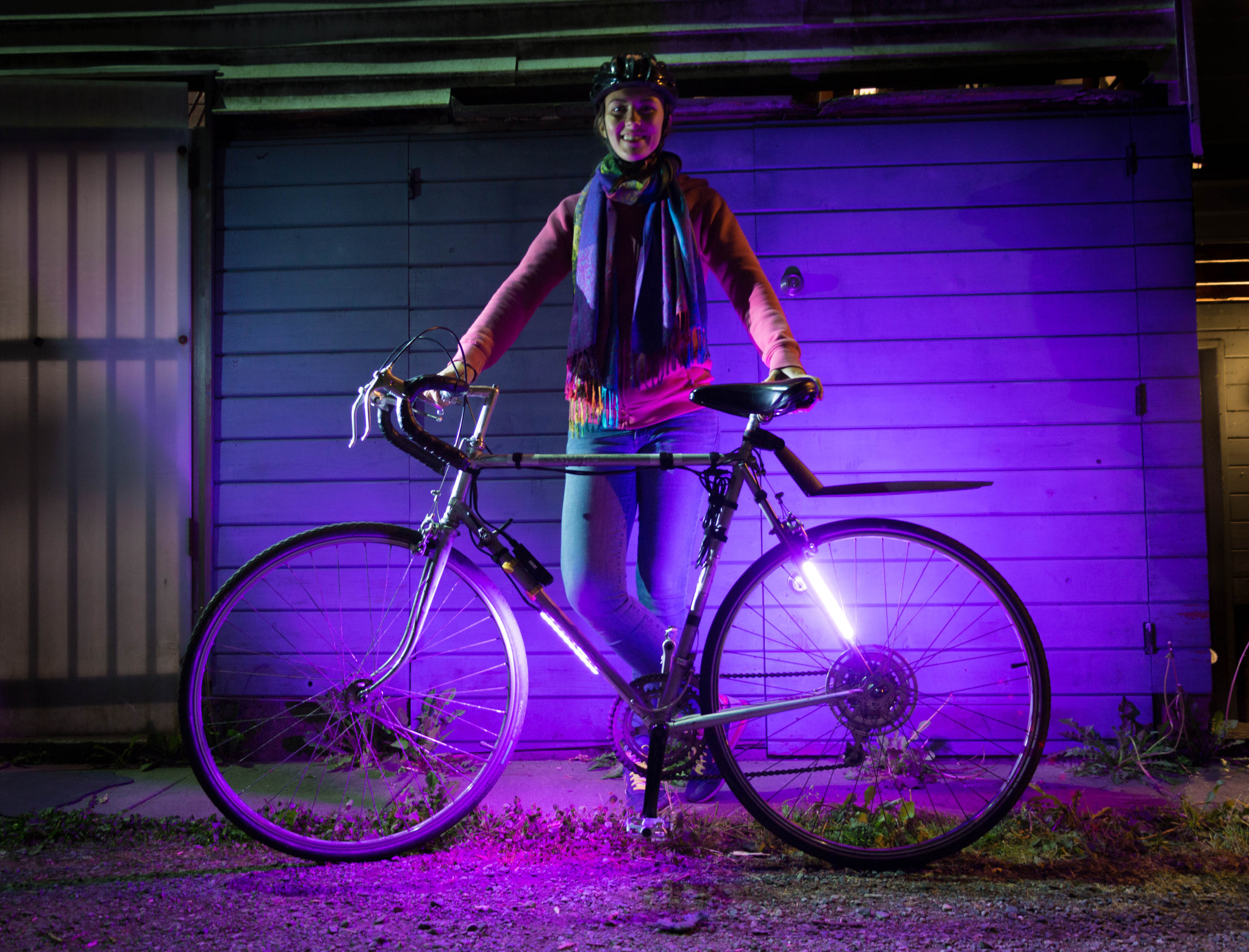 The LED lights can also be mounted on bikes (TetraGear)