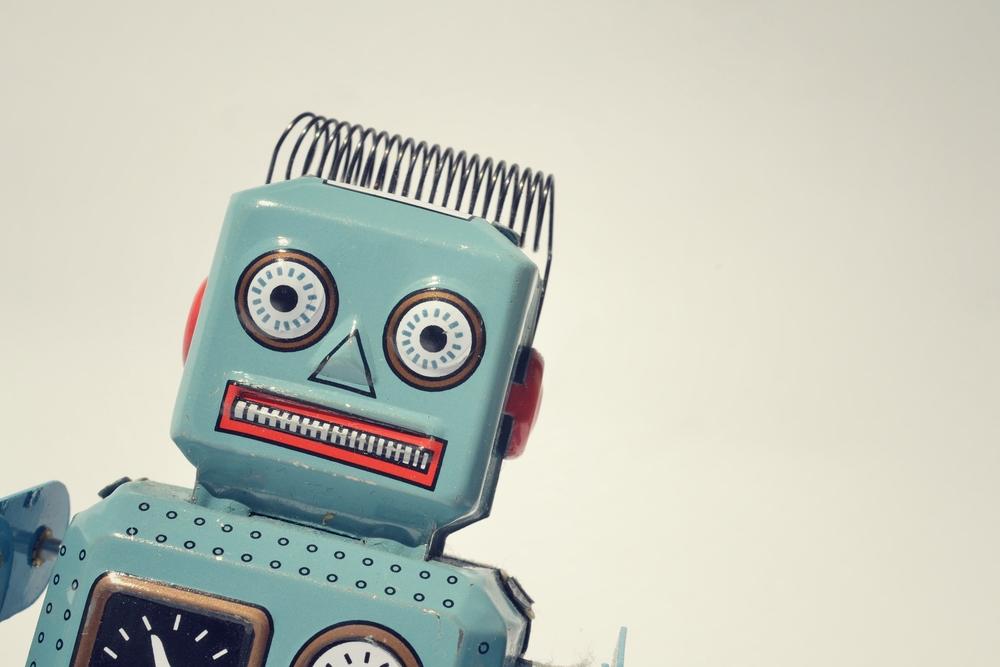 Robot / Shutterstock
