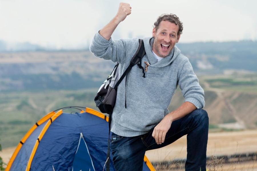 Camping / Shutterstock