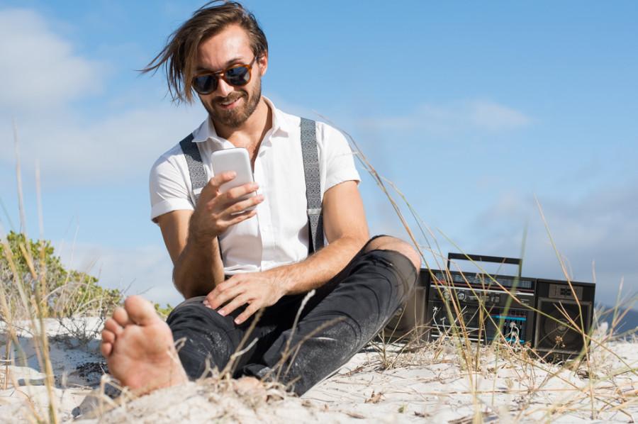 Beach / Shutterstock