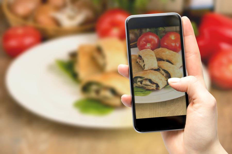 Food photo / Shutterstock